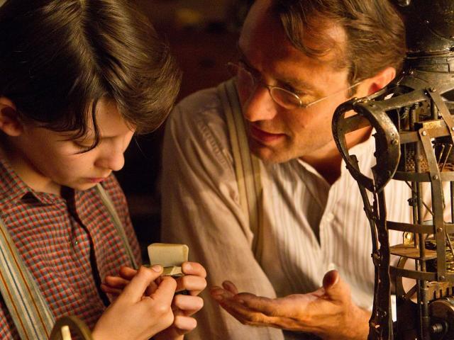 http://static.filmkatalogus.hu/A-lelemenyes-Hugo--58184.jpg
