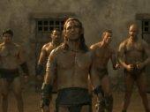 Spartacus: Az ar�na istenei